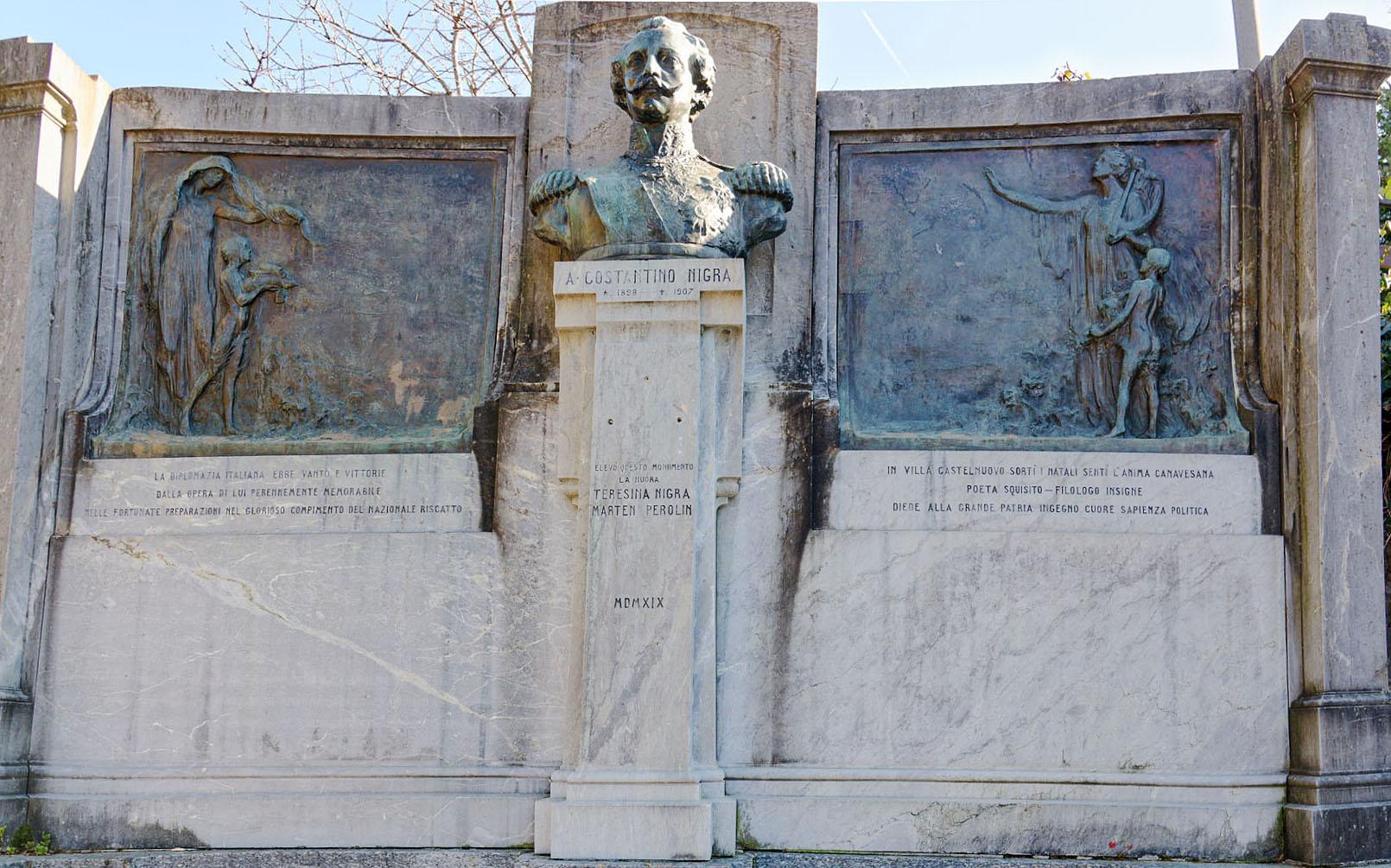 Monumento a Costantino Nigra a Villa Castelnuovo